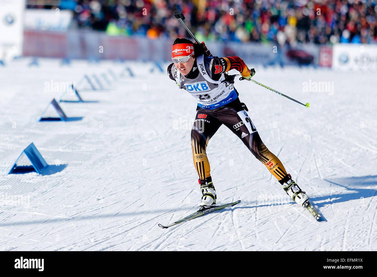 Nove Mesto Na Morave, Tschechische Republik. 7. Februar 2015. Laura Dahlmeier konkurriert bei der Biathlon-Weltcup Stockbild
