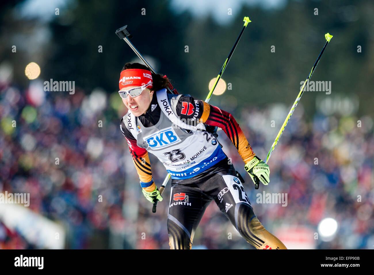 Laura Dahlmeier aus Deutschland Ski gewinnen Frauen 7, 5 km Sprint-Rennen beim Biathlon-Weltcup-Event in Nove Mesto Stockbild