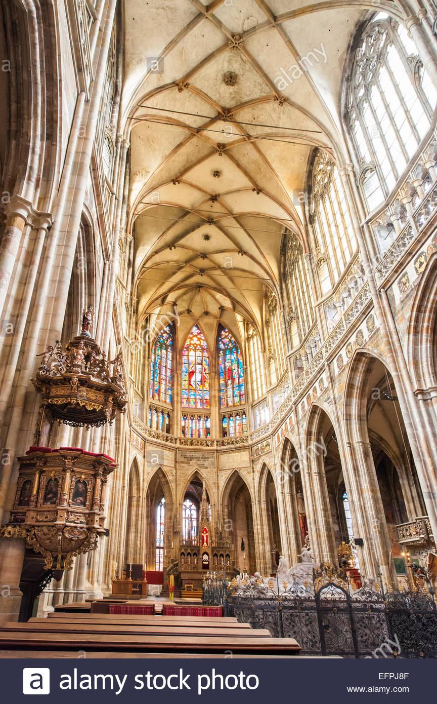 Innenraum der St.-Veits Kathedrale, gotischen Wahrzeichen, Prazsky Hrad Burgviertel, UNESCO, Prag, Tschechische Stockbild