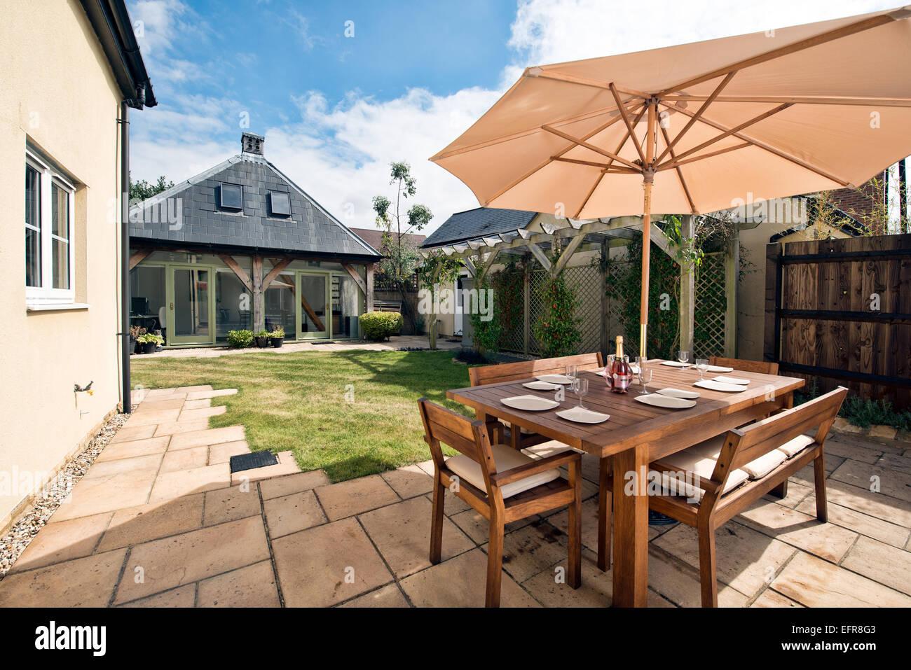 Hinter Dem Haus der garten hinter dem haus terrasse eine moderne britische haus