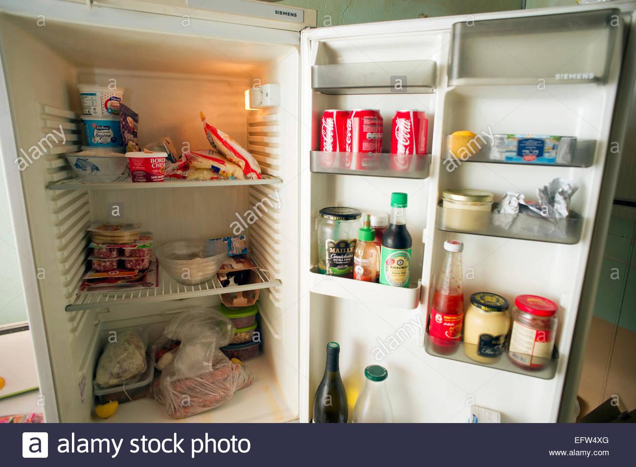 Bretagne Kühlschrank Kühlschranktür verwendeten niemand aus zweiter ...