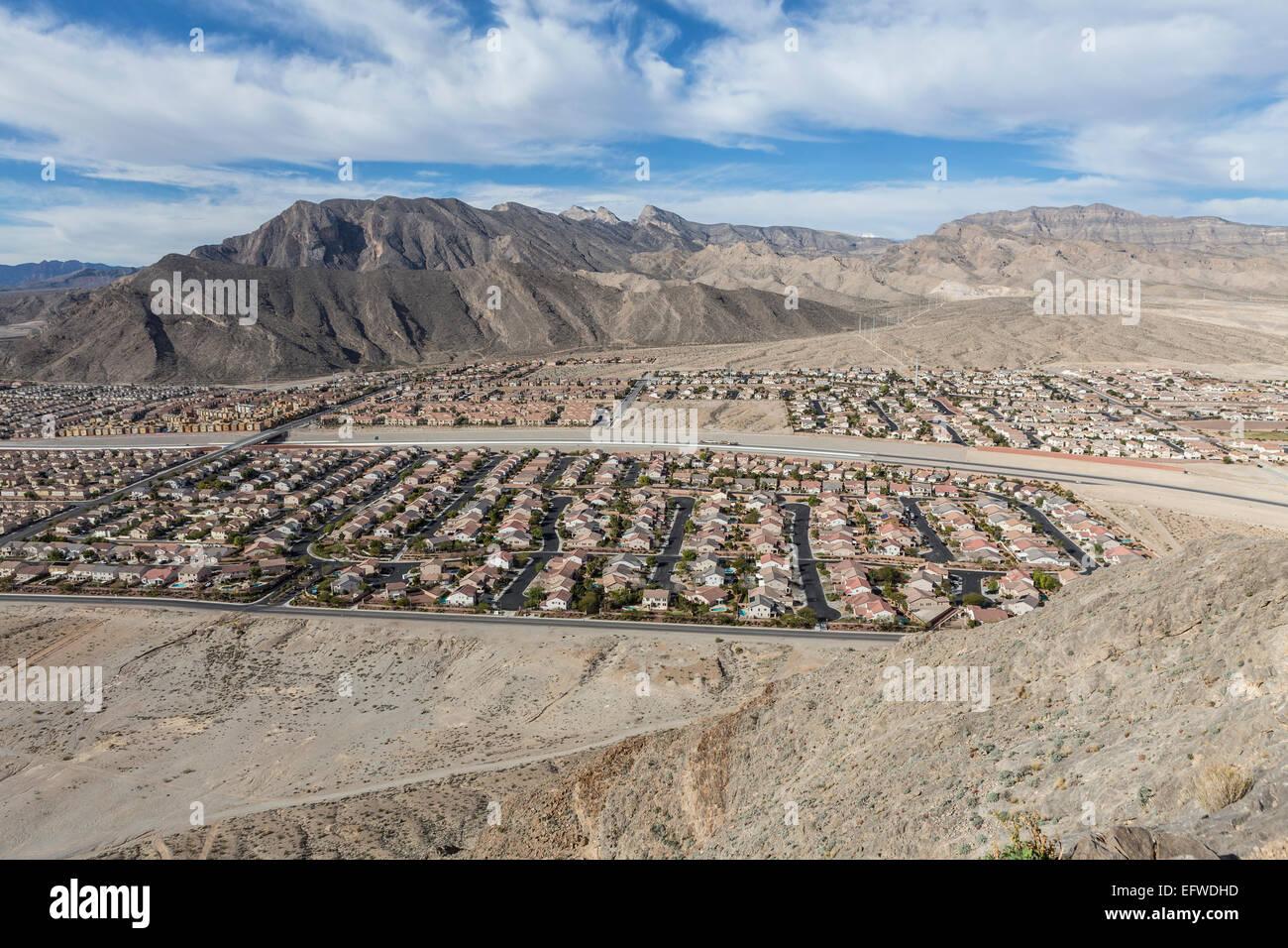 Zeitgenössische Wüste Gehäuse Flächen in der Nähe von Spring ...