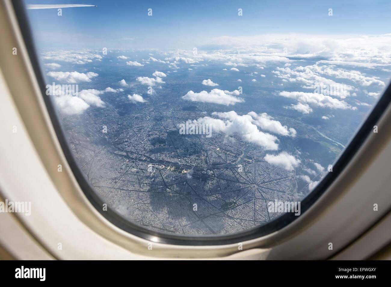 Paris, gesehen aus einem Flugzeugfenster, Paris, Frankreich, Europa ...