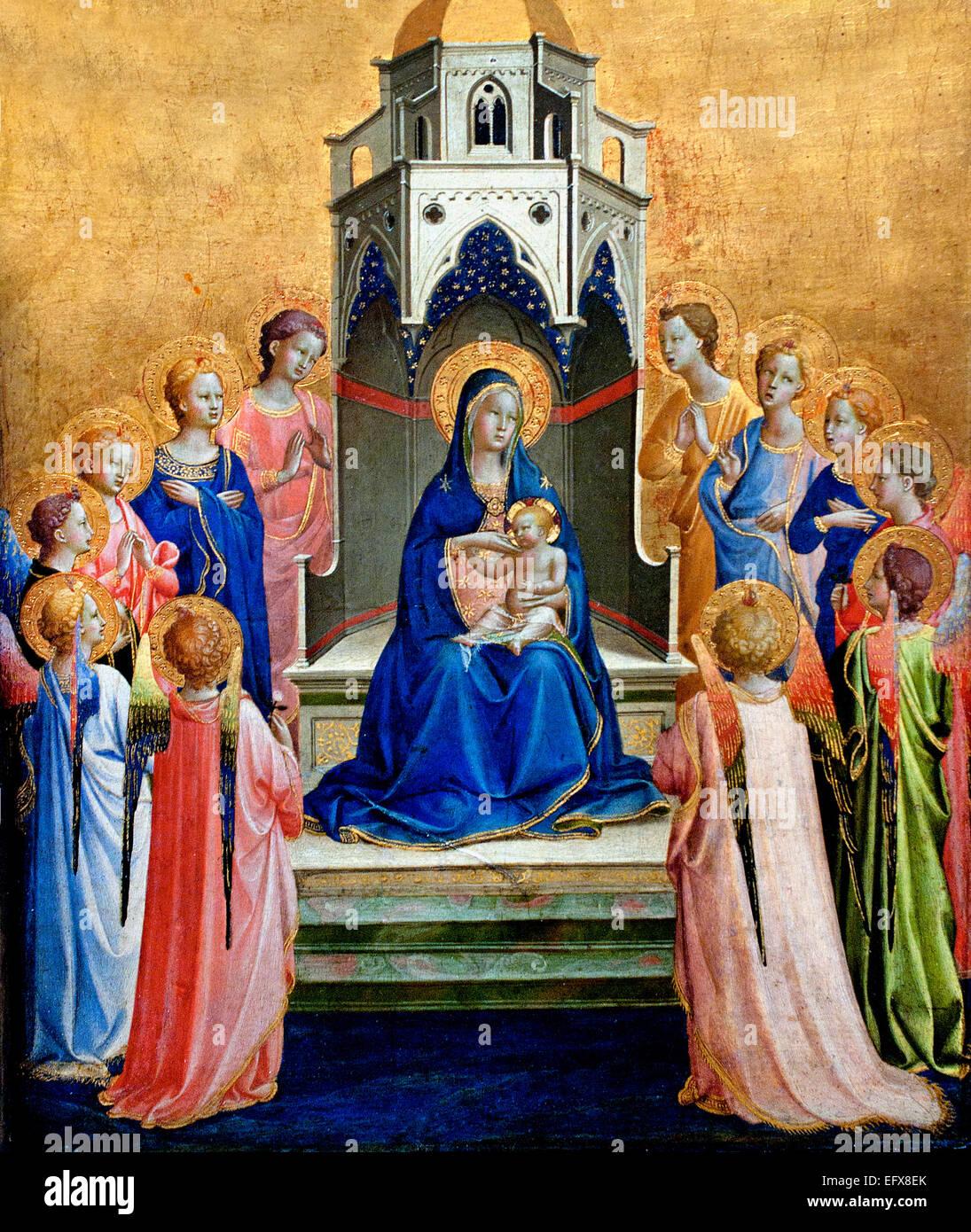 Jungfrau und Kind thront, umgeben von zwölf Engeln 1420 Fra Angelico (geb. Guido di Pietro 1395-1455) frühen Stockbild