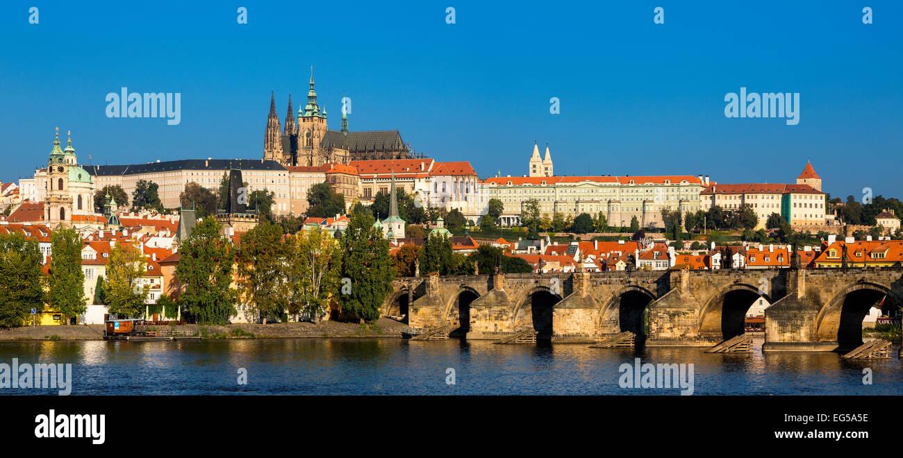St. Veits Kathedrale und der Prager Burg Stockbild