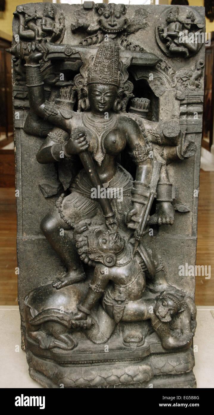Durga töten des Büffel Dämons, Orissa, Indien. 13. Jahrhundert. British Museum. London. England. Stockbild