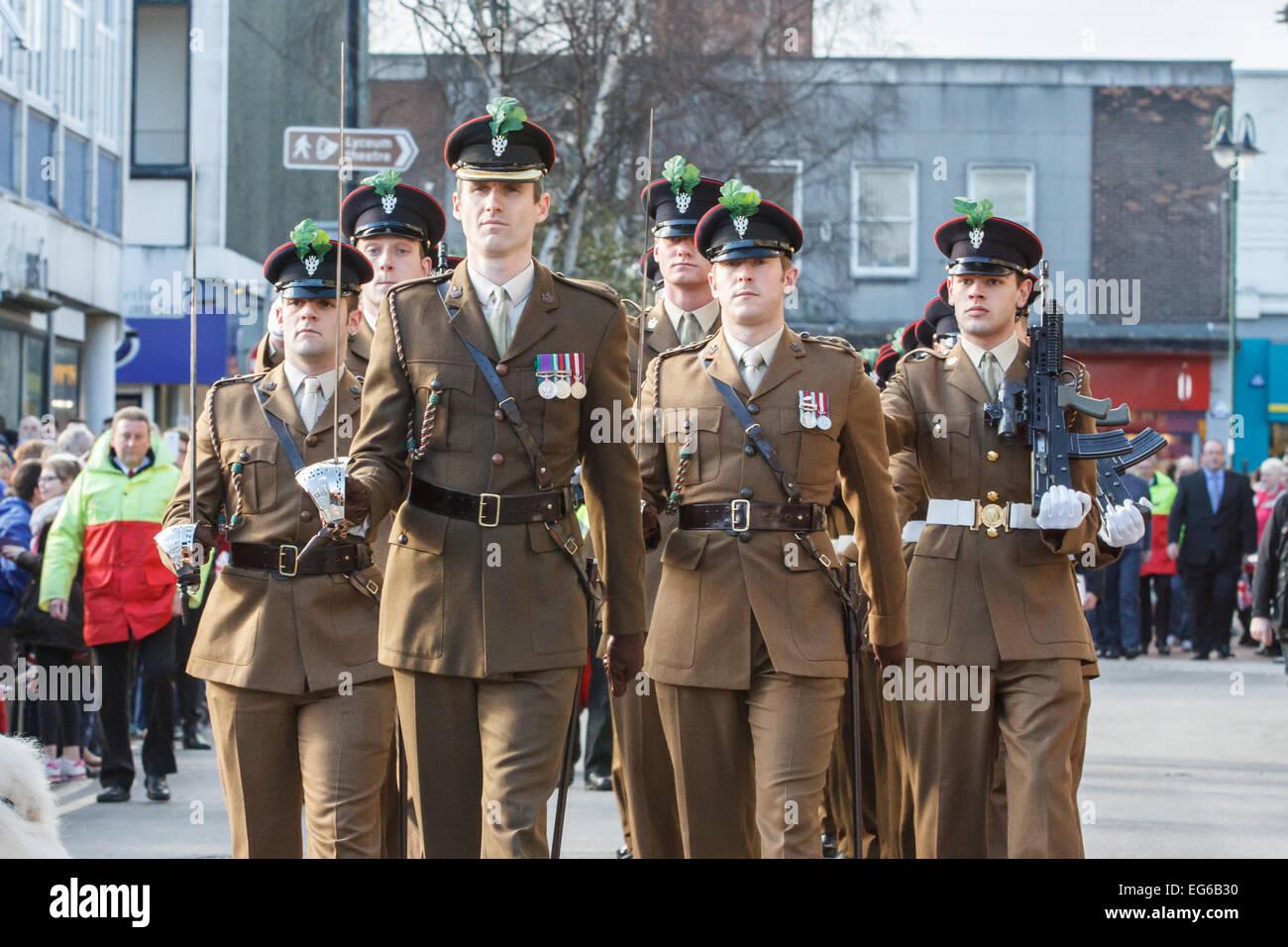 Crewe, Cheshire, UK. 17. Februar 2015. Soldaten aus der Mercian Regiment sind am 17. Februar 2015 geehrt mit der Stockfoto
