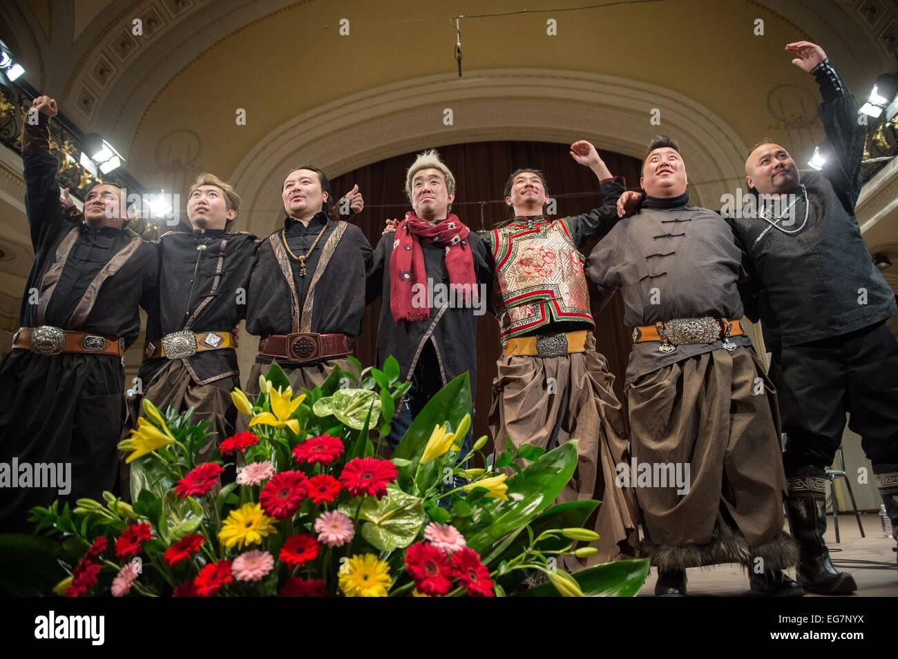 Vilnius, Litauen. 18. Februar 2015. Musik-Ensemble-Mitglieder aus ...
