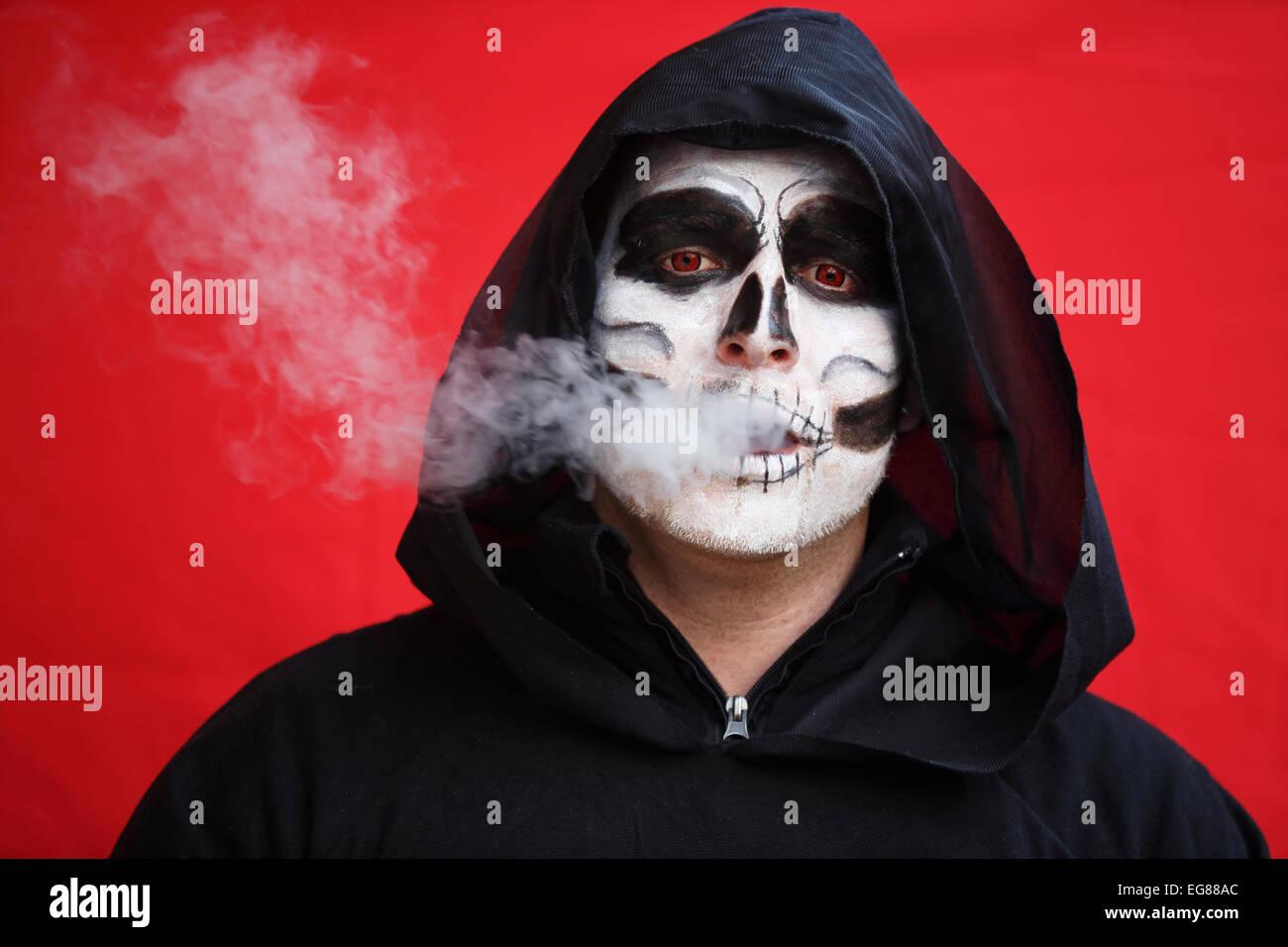 GER, 20150210, maskierte Mann Stockbild