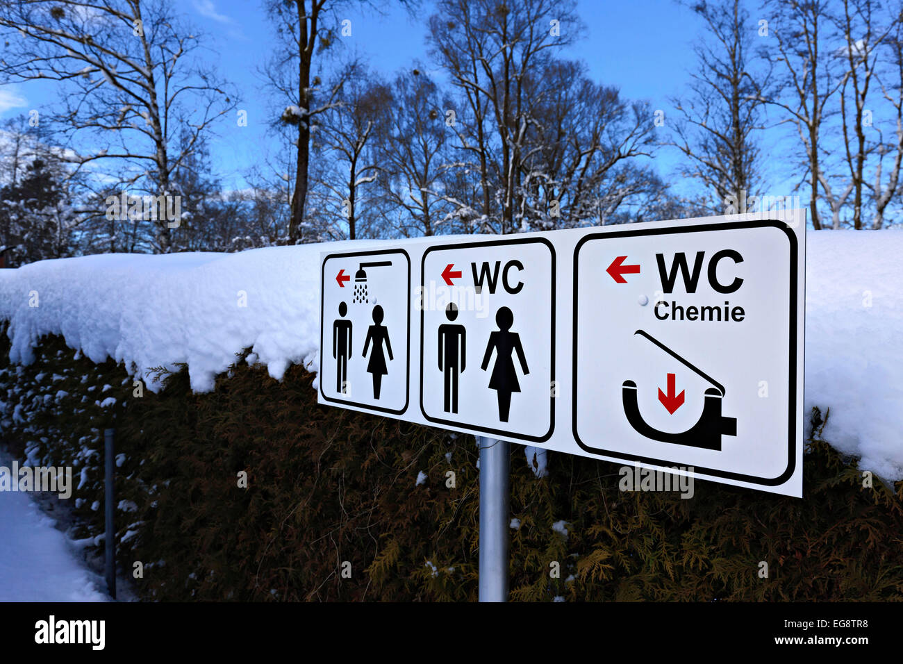 Japanische Toilette Deutschland toilet signs stockfotos toilet signs bilder alamy