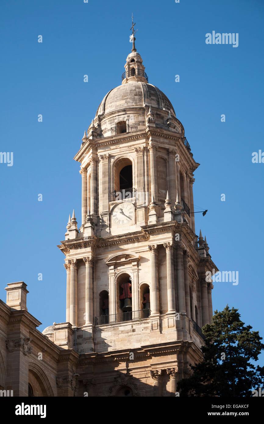 Bell Tower barocke Architektur außen der Stadt Kathedrale Kirche von Malaga, Spanien - Santa Iglesia Catedral Stockbild