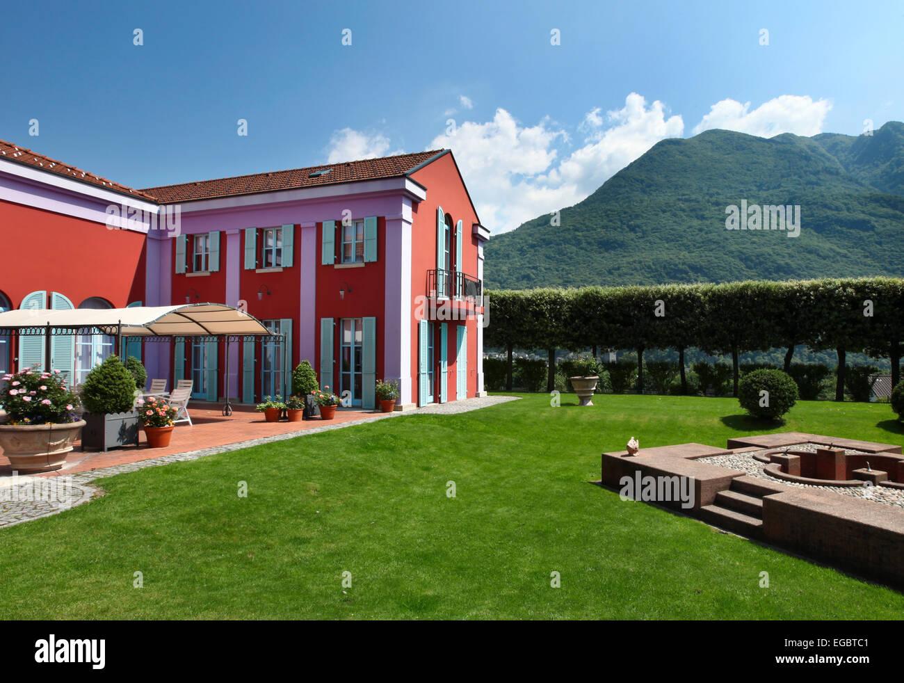 au en neue villa im klassischen stil blick vom garten stockfoto bild 78936593 alamy. Black Bedroom Furniture Sets. Home Design Ideas