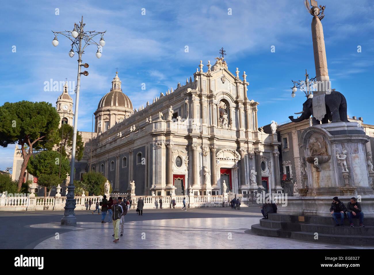 Kathedrale von St. Agatha, Catania, Sizilien. Duomo di Catania. Sakralarchitektur in Catania, Sizilien, Italien. Stockbild