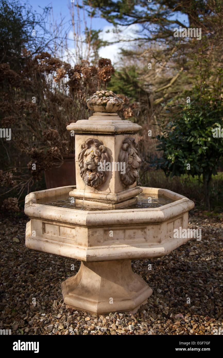 Löwen Kopf Klassische Garten Brunnen, Stein Effekt