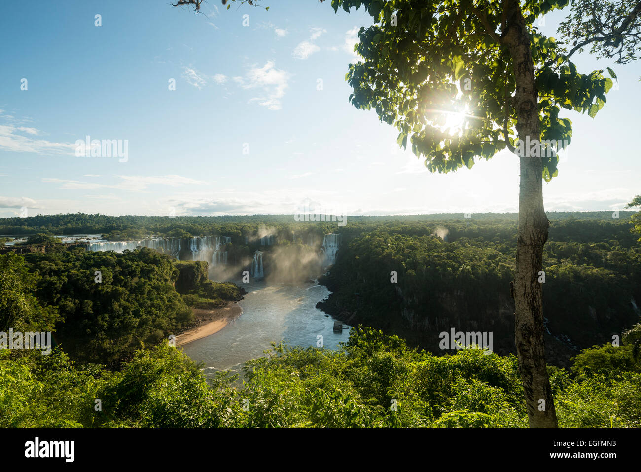 """Blick vom """"Trilha Das Cataratas"""", Foz Do Iguaçu, Parque Nacional Do Iguaçu, Brasilien, Südamerika Stockbild"""