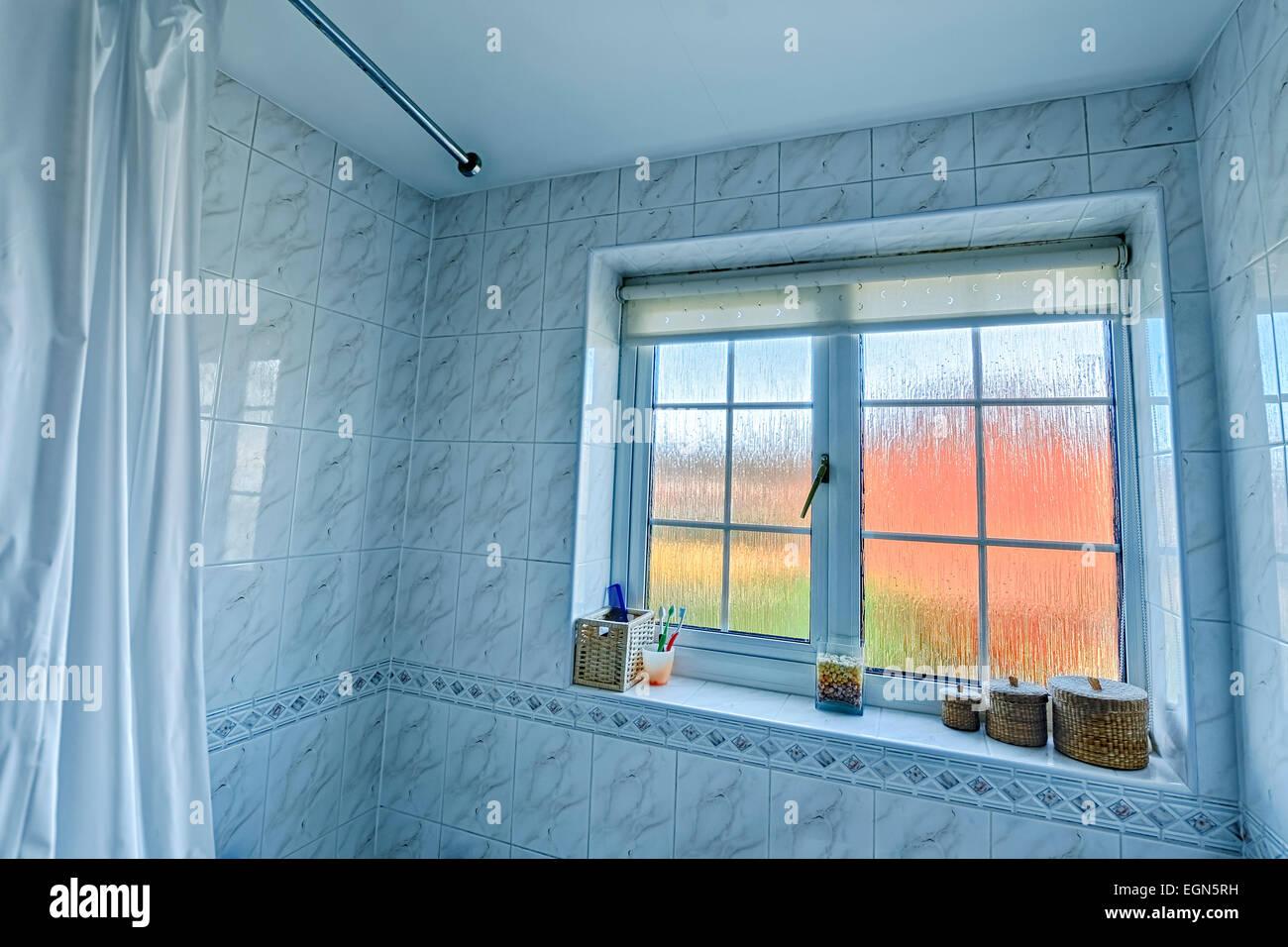 Weitwinkel Badezimmer Interieur Inc Rand Der Duschvorhang Und