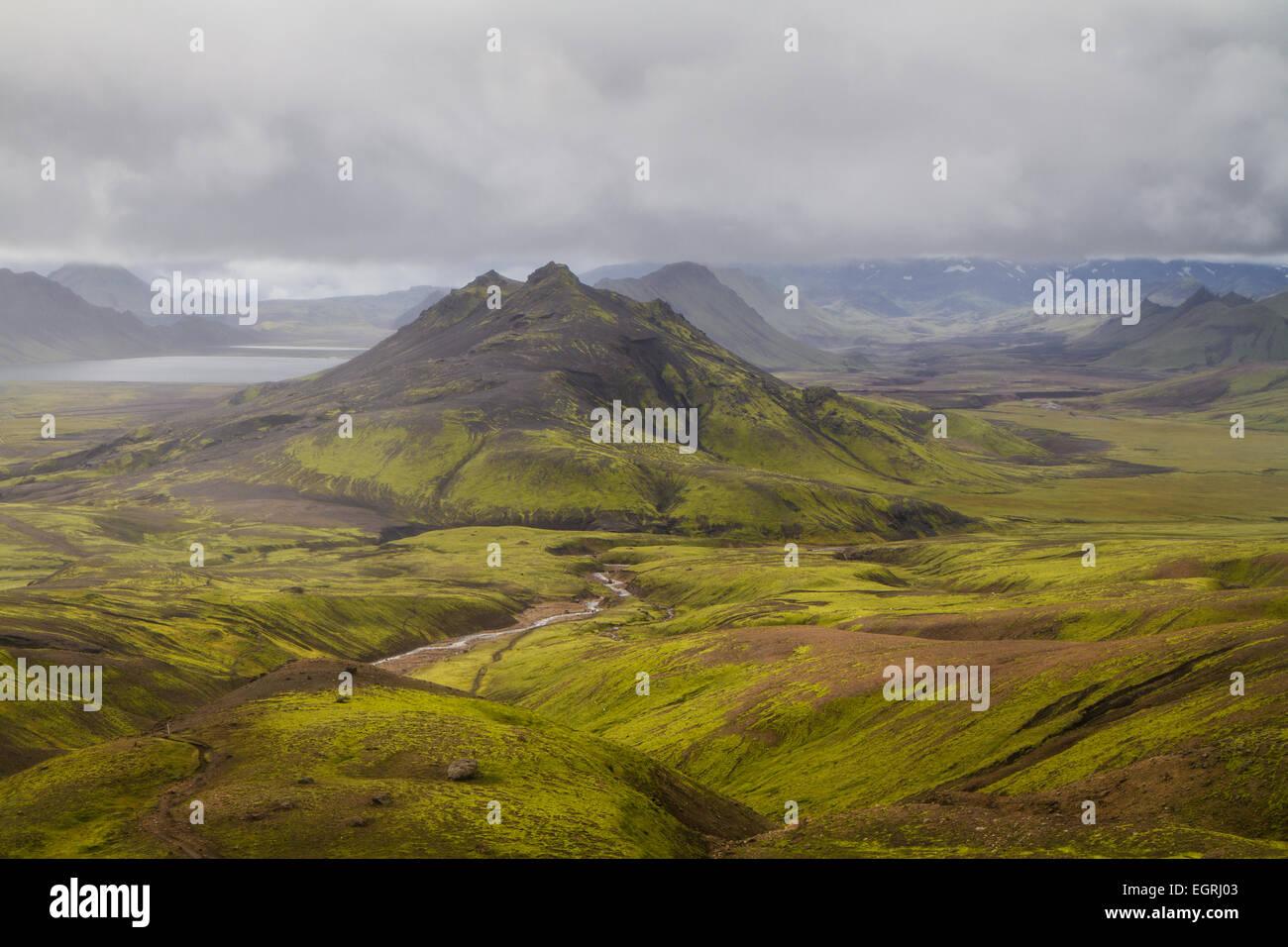 Palagonit Berge in der Nähe von See Alftavatn, Island Stockbild