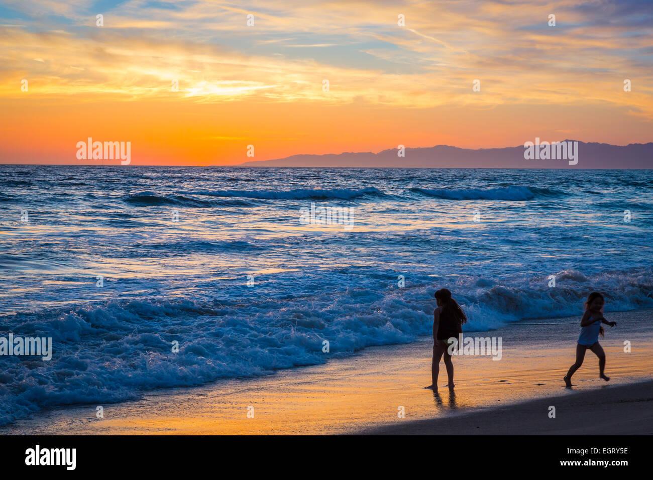 Manhattan Beach Pier ist ein Pier befindet sich in Manhattan Beach, Kalifornien, an der Küste des Pazifischen Stockbild