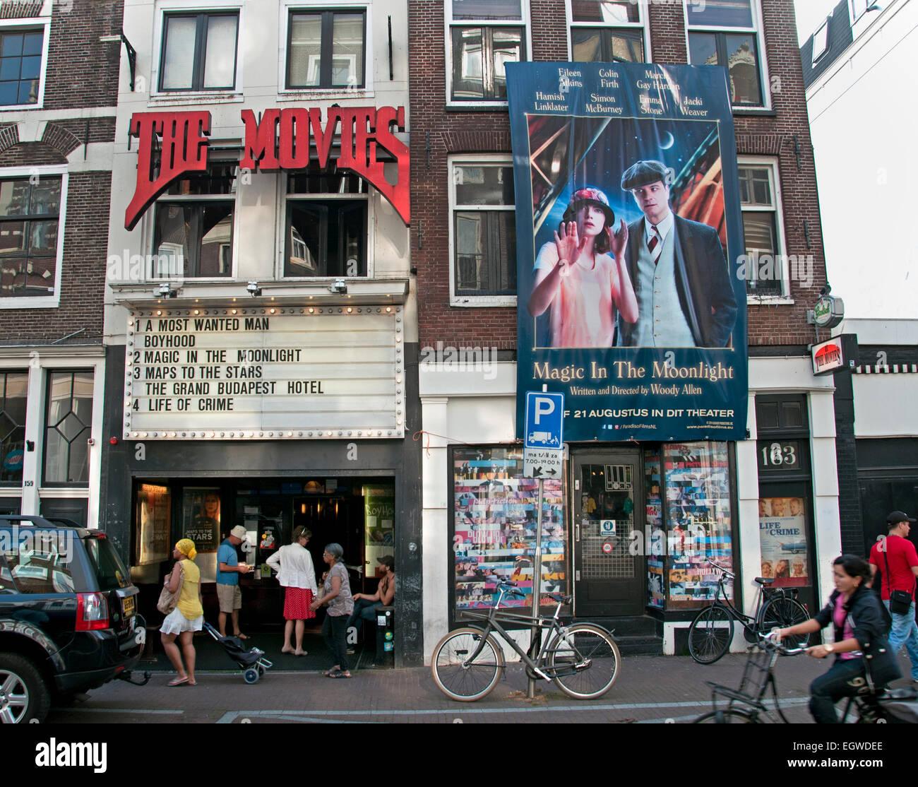 https://c8.alamy.com/compde/egwdee/die-filme-altesten-kino-art-deco-interieur-in-amsterdam-das-kino-auf-haarlemmerdijk-entstand-aus-kino-tavenu-1912-gegrundet-und-spater-hollandia-niederlande-egwdee.jpg