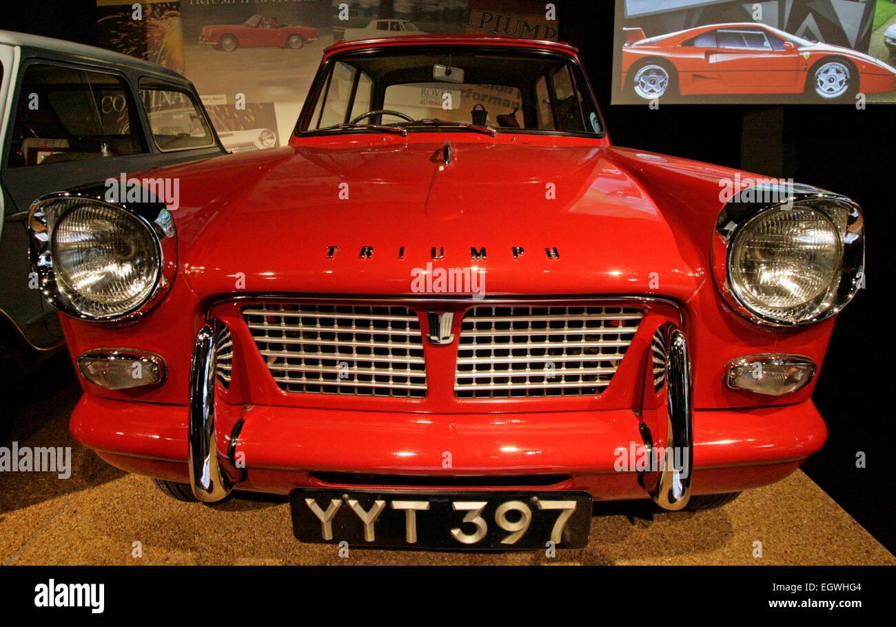 Eine 1960 Triumph Herald Limousine an das National Motor Museum in Beaulieu, England Stockbild