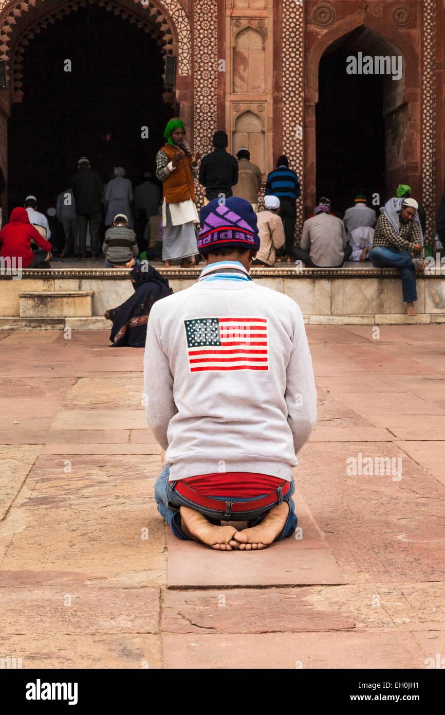 Weißer mann aus muslimischen mädchen
