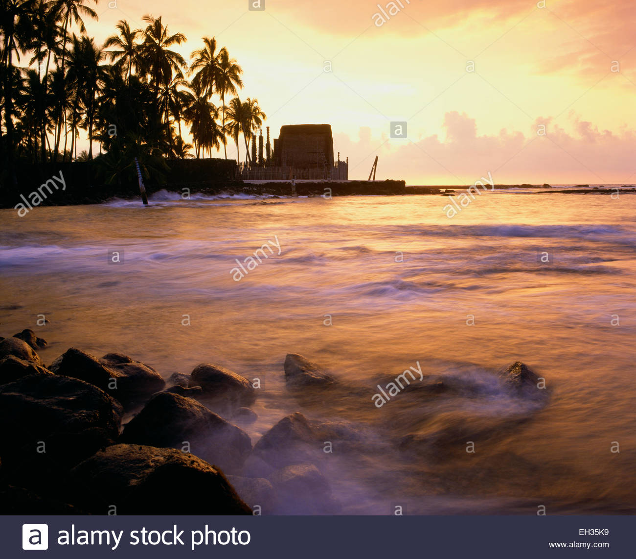 Pu'uhonua o Honaunau National Historic Site.  Heiau, Big Island, Hawaii. Stockbild