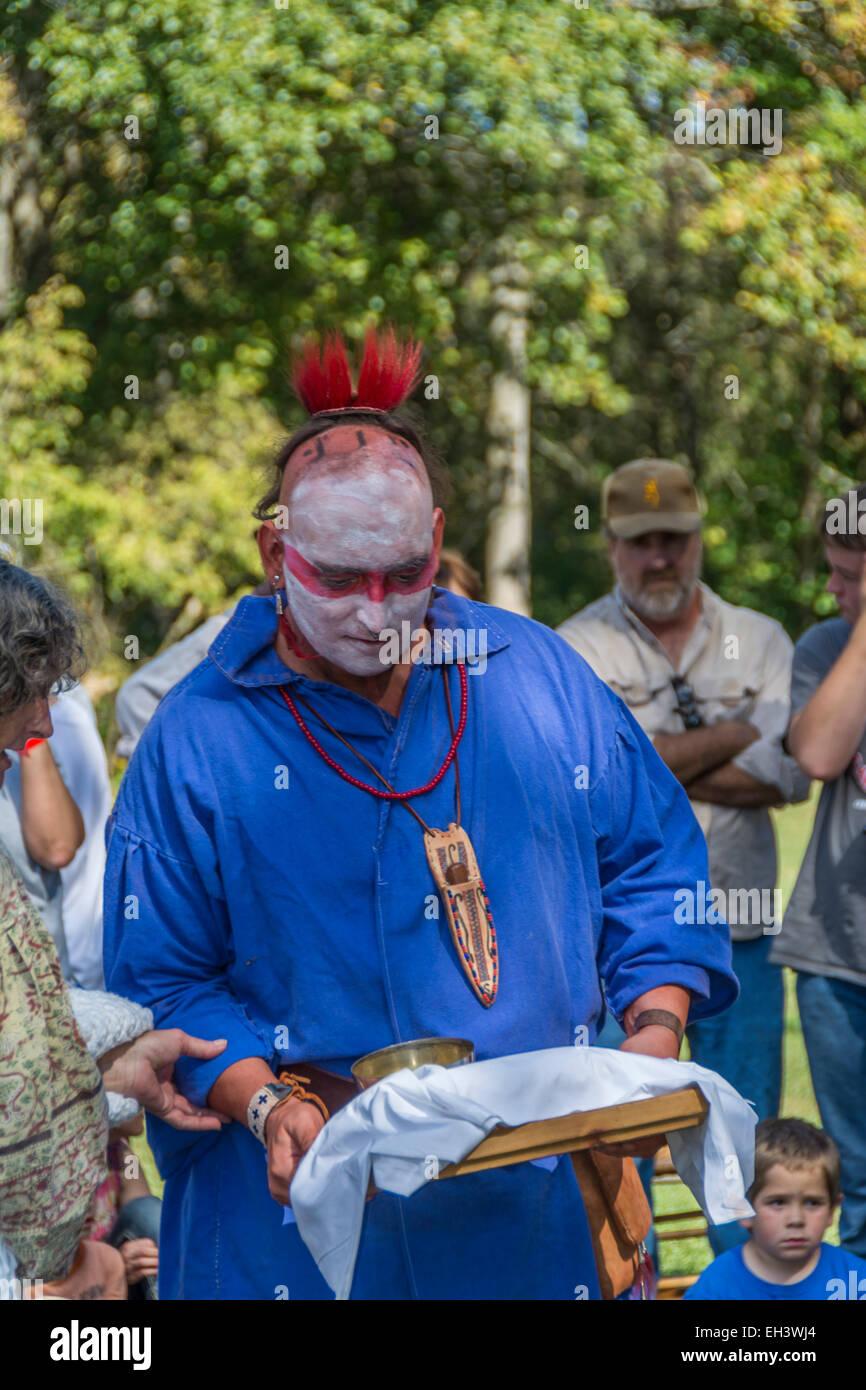 Traditionelle Cherokee Indianer-Hochzeits-Zeremonie durchgeführt an Fort Boonesborough Kentucky Stockfoto