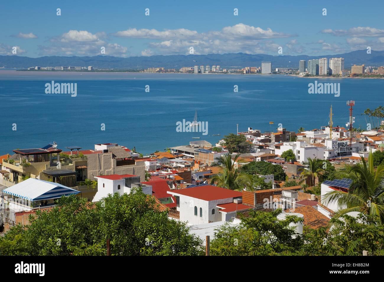 Blick auf Downtown, Puerto Vallarta, Jalisco, Mexiko, Nordamerika Stockbild