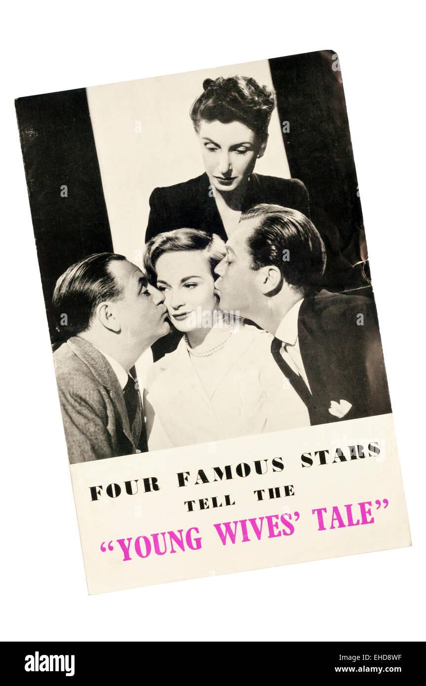Vordere Abdeckung des Programms für Young Wives' Tale von Ronald Jeans am Savoy Theatre.  DETAILS IN DER Stockbild