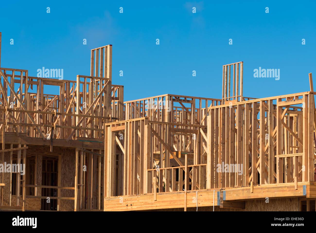 Holz Rahmen für den Bau von neuen Eigentumswohnungen, Wohnungen oder ...