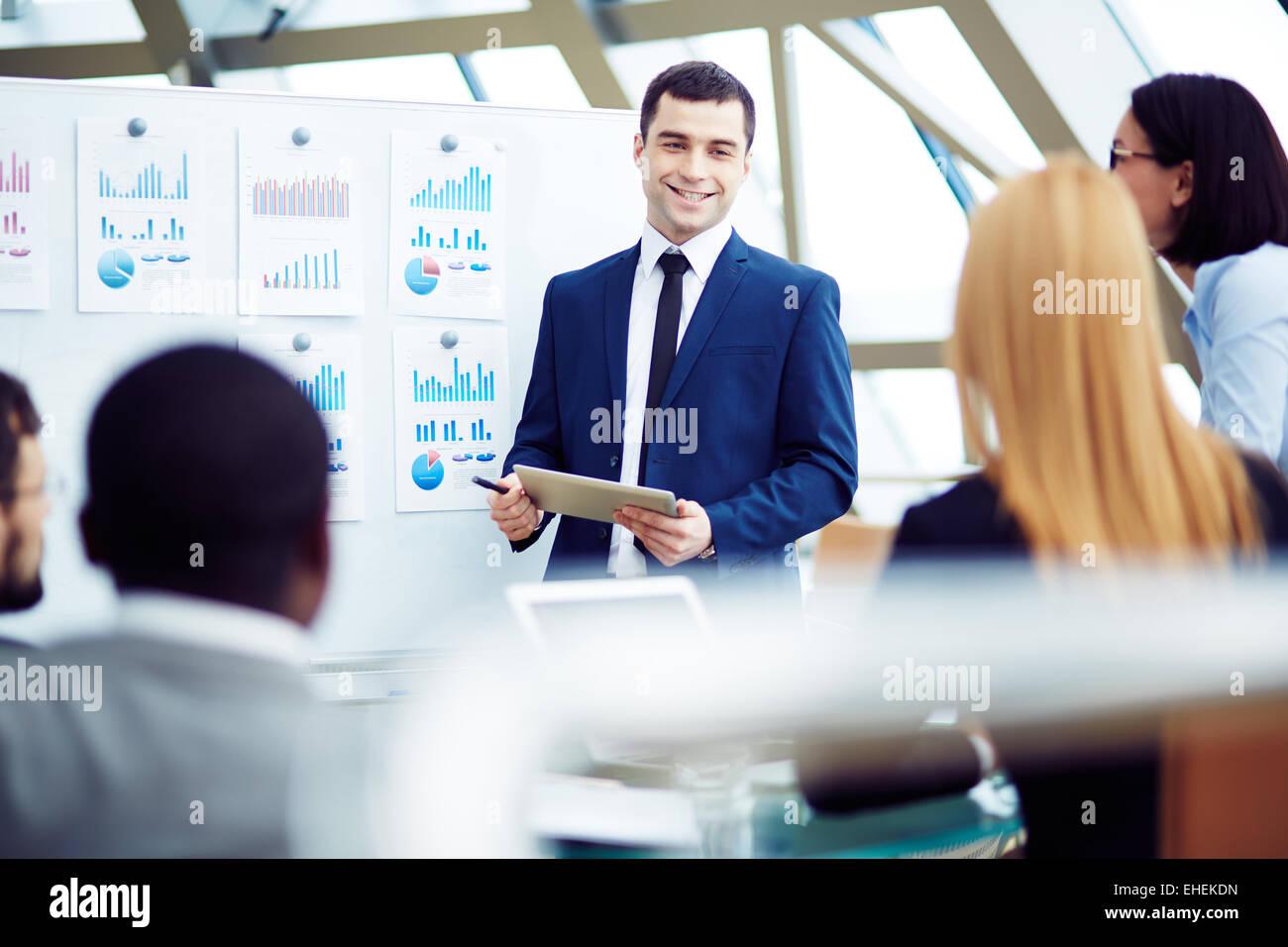 Chef sammeln seine Manager für die Besprechung Stockbild