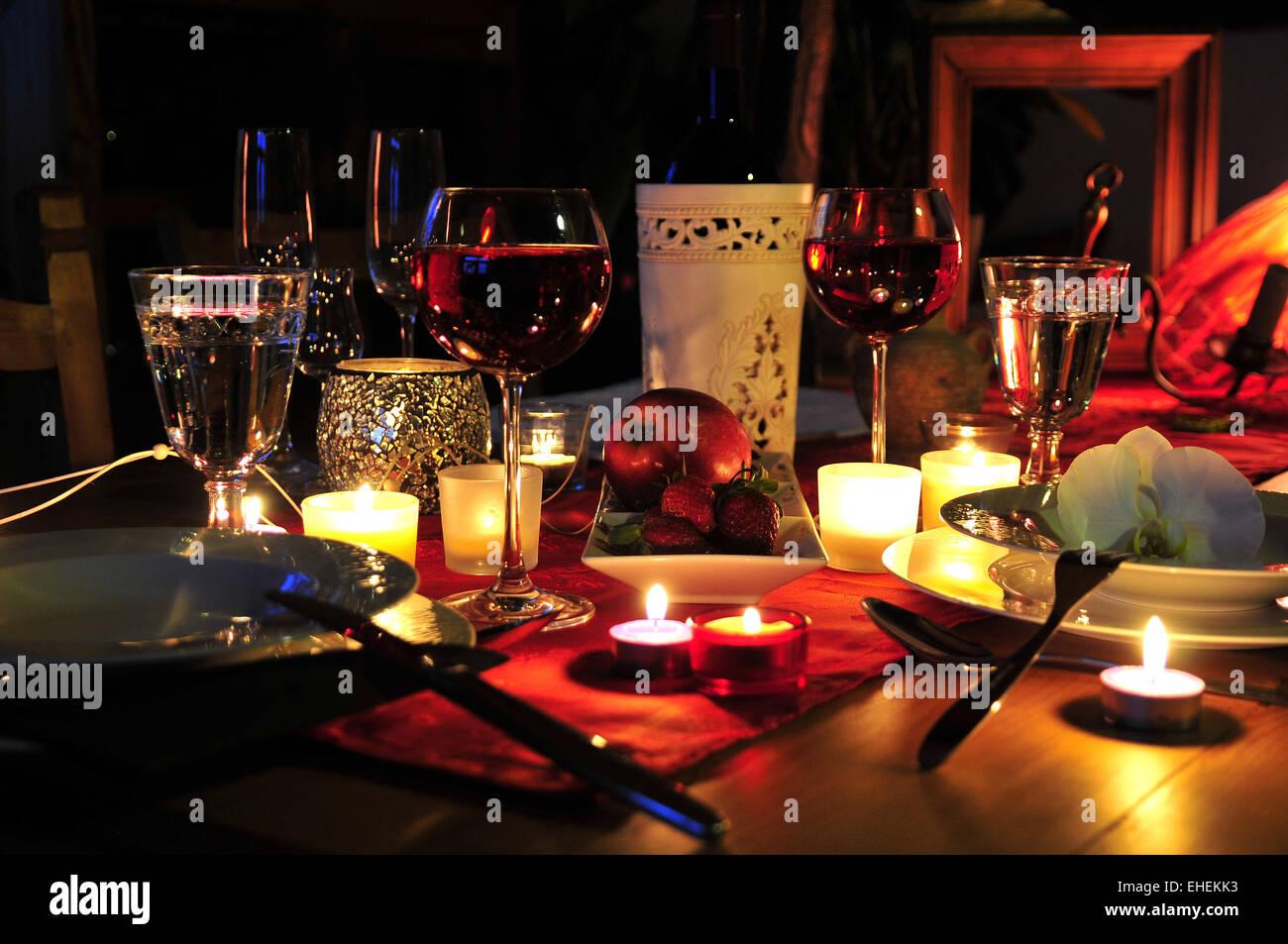 romantisches candle light dinner stockfoto bild 79613383. Black Bedroom Furniture Sets. Home Design Ideas