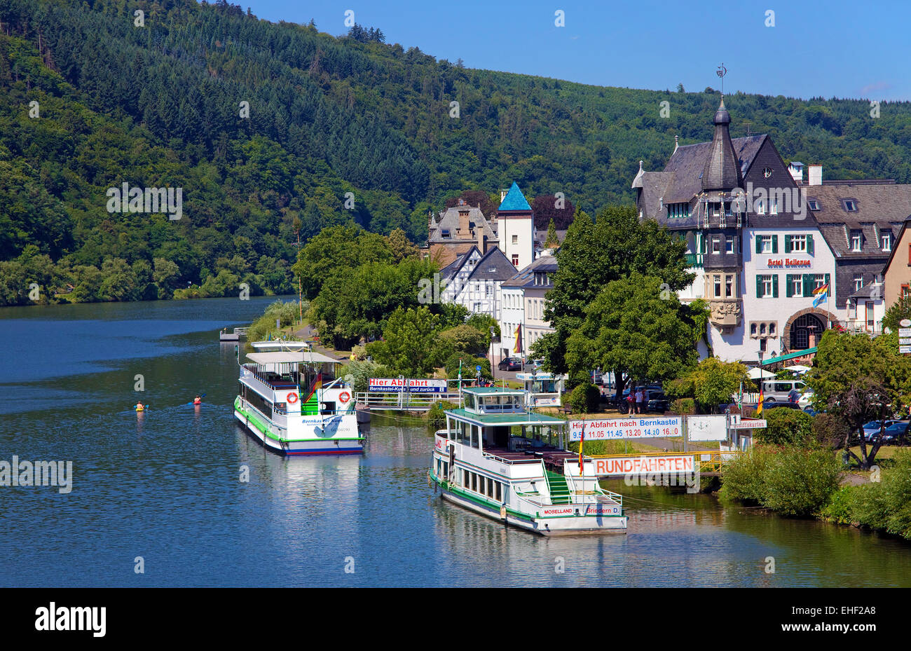 Moselufer stockfotos moselufer bilder alamy for Designhotel rheinland pfalz