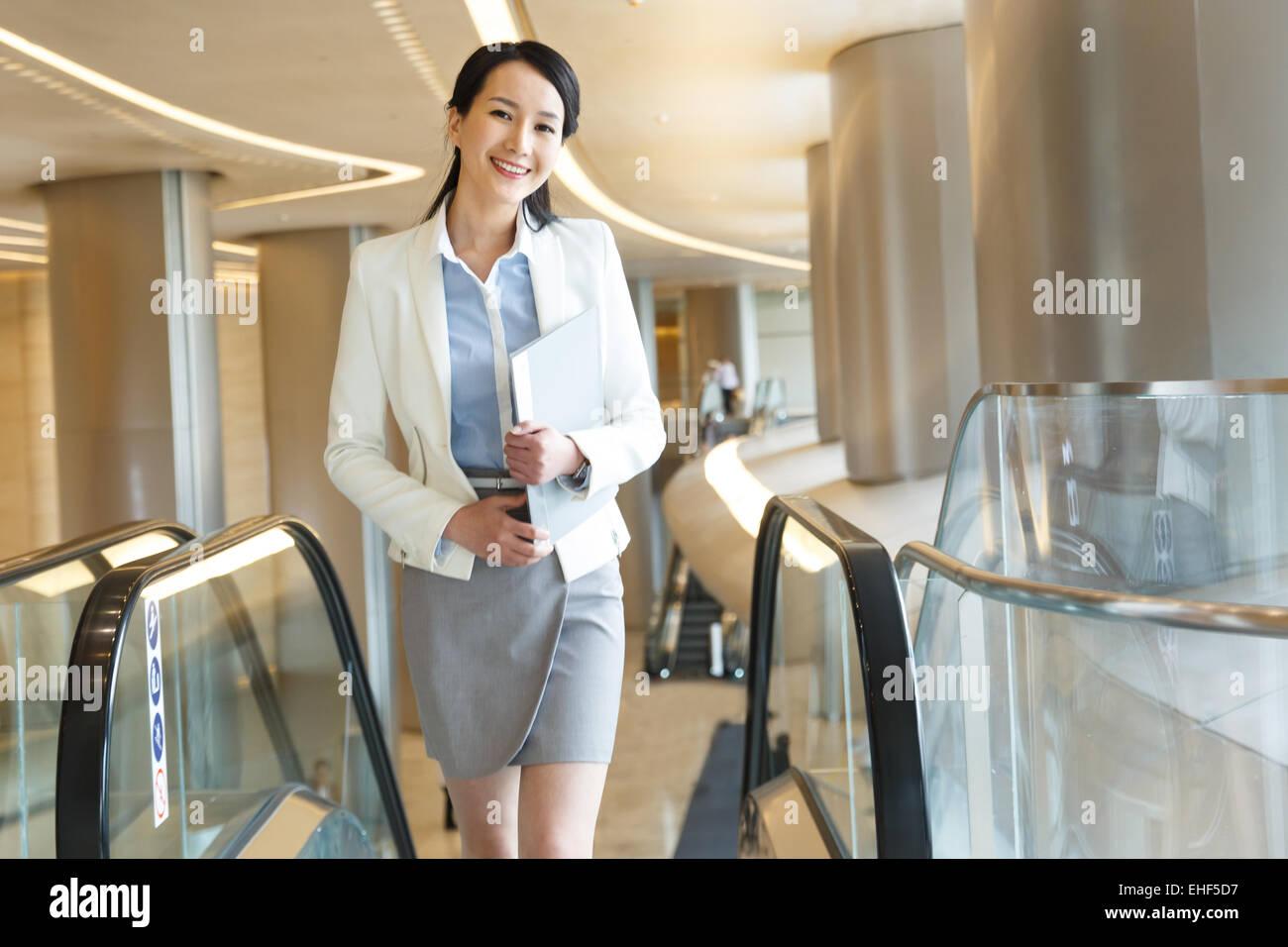 Erfolgreiche Frauen Holdinggesellschaft Geschäftsdokumente Stockbild