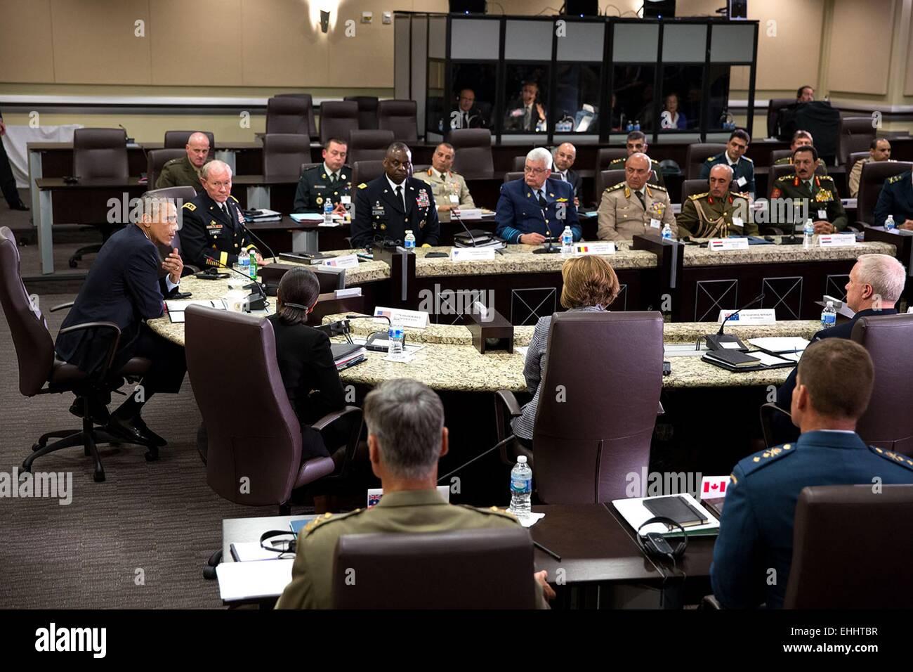 US Präsident Barack Obama beteiligt sich an ein Treffen mit ausländischen Häuptlingen der Verteidigung, Stockbild