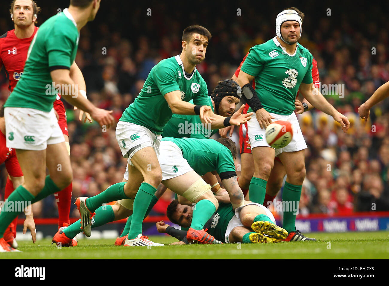 Cardiff, Wales. 14. März 2015. 6 Nationen internationale Rugby-Meisterschaft. Wales vs. Irland. Conor Murray Stockbild