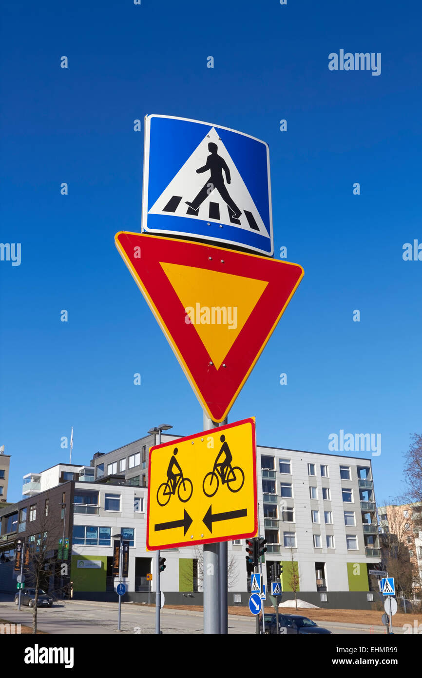 Finnische Verkehrszeichen, Mikkeli, Finnland Stockbild