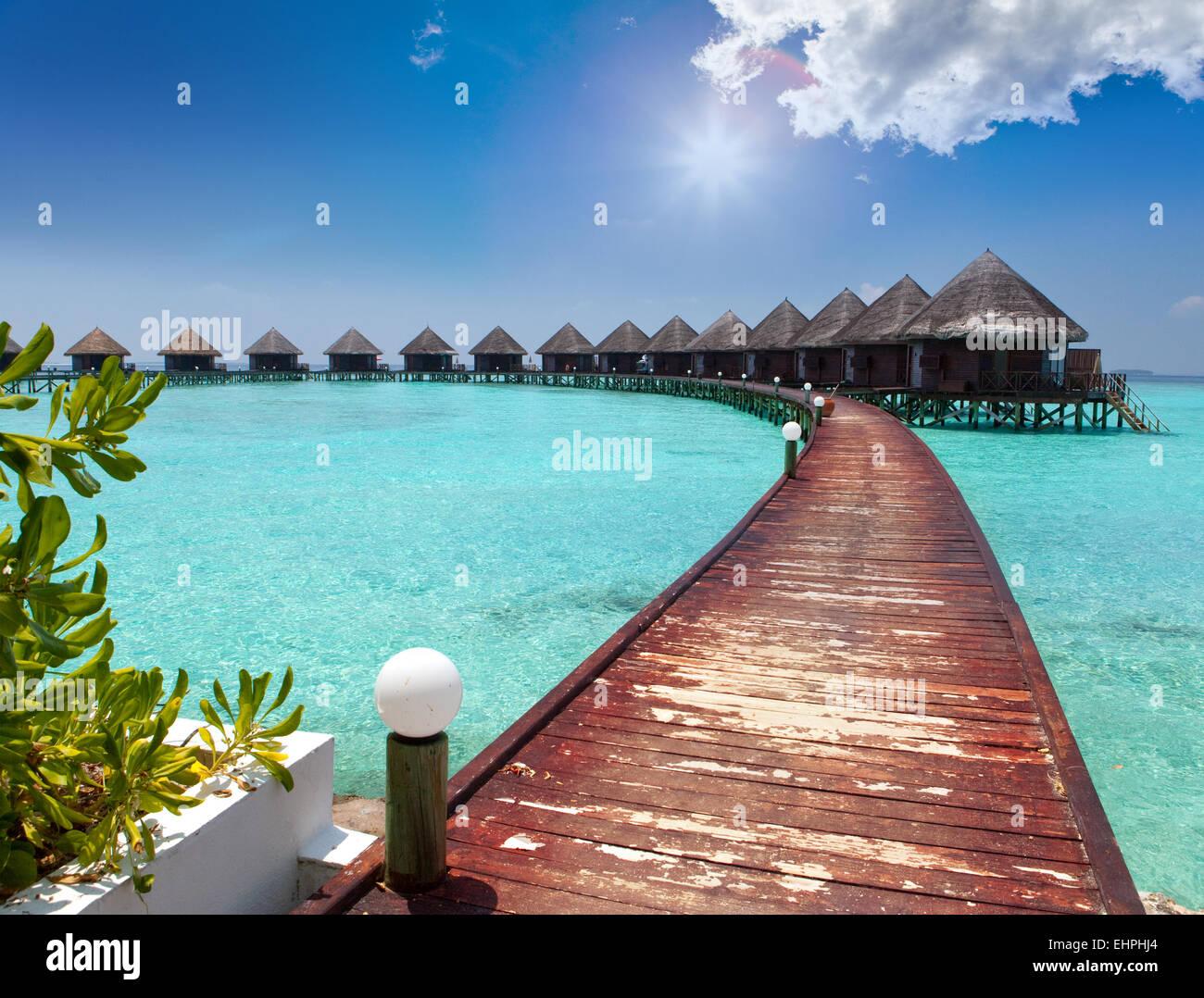 Häuser auf Pfählen am Meer Malediven Stockfoto Bild