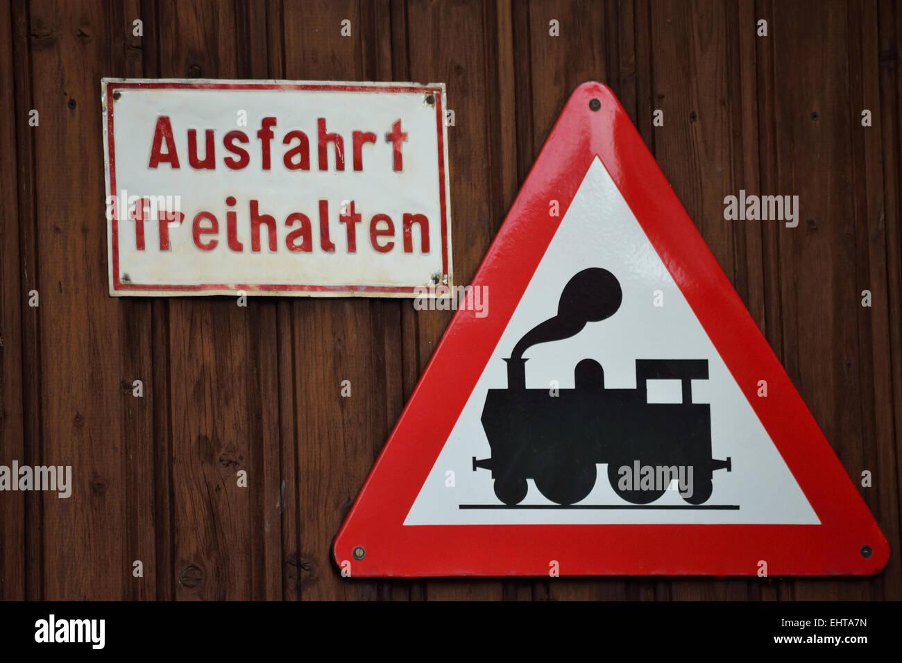 Lustige Schild Mit Einem Ausgang Stockfoto Bild 79825529 Alamy