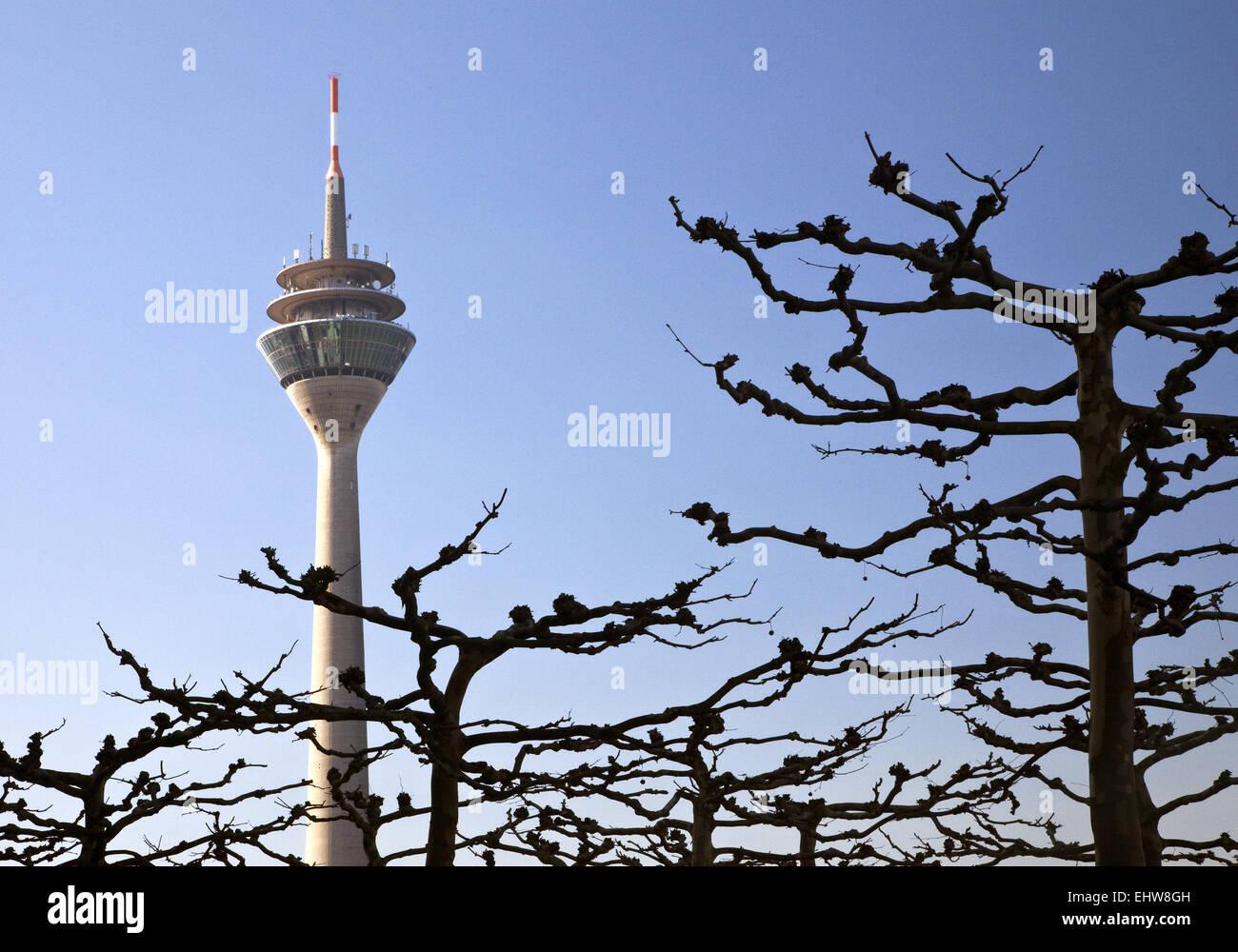 Der Rheinturm in Düsseldorf. Stockbild