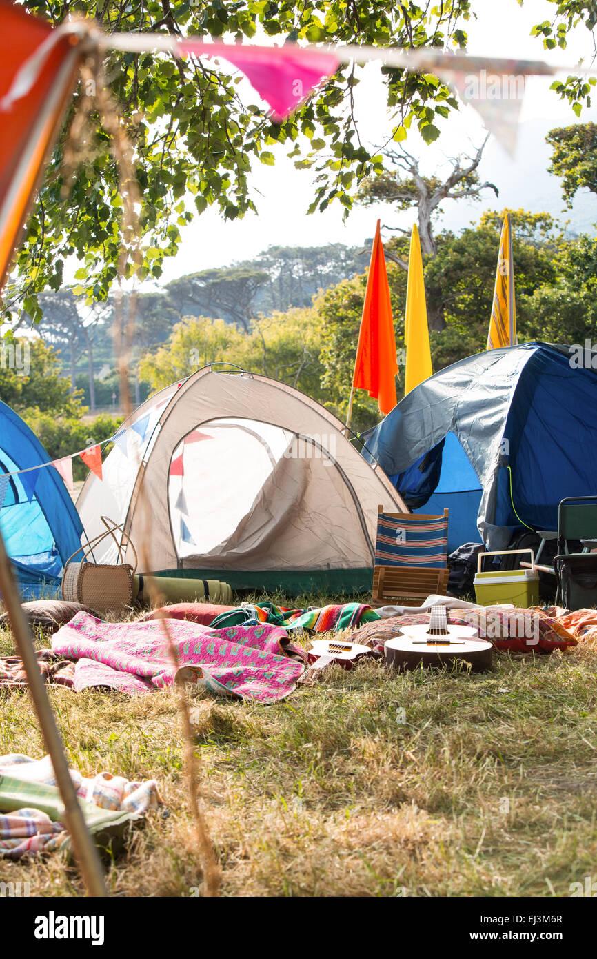 Leeren Campingplatz beim Musikfestival Stockbild