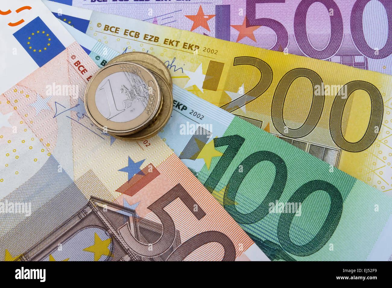 Euro Eur Münzen Und Banknoten 50 100 200 Und 500 Euro Banknoten