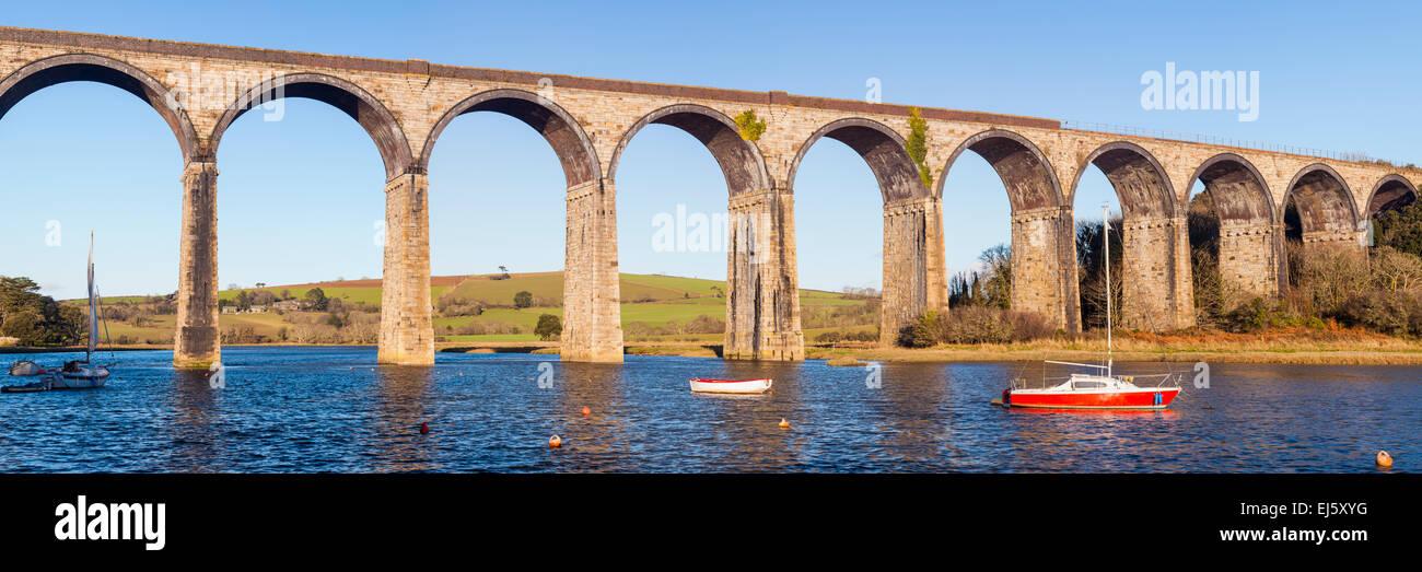 Die 1908 Eisenbahnviadukt bei St deutschen Cornwall England UK Europe Stockbild