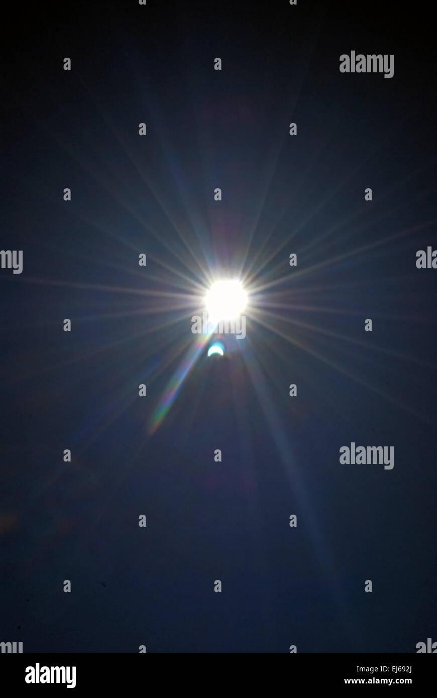 partielle Sonnenfinsternis am März 2015 Stockbild