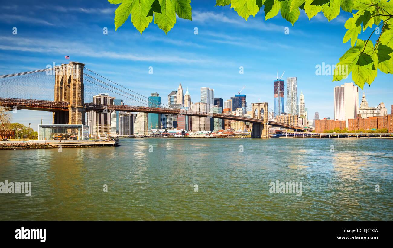 Brooklynbridge und Manhattan Stockbild
