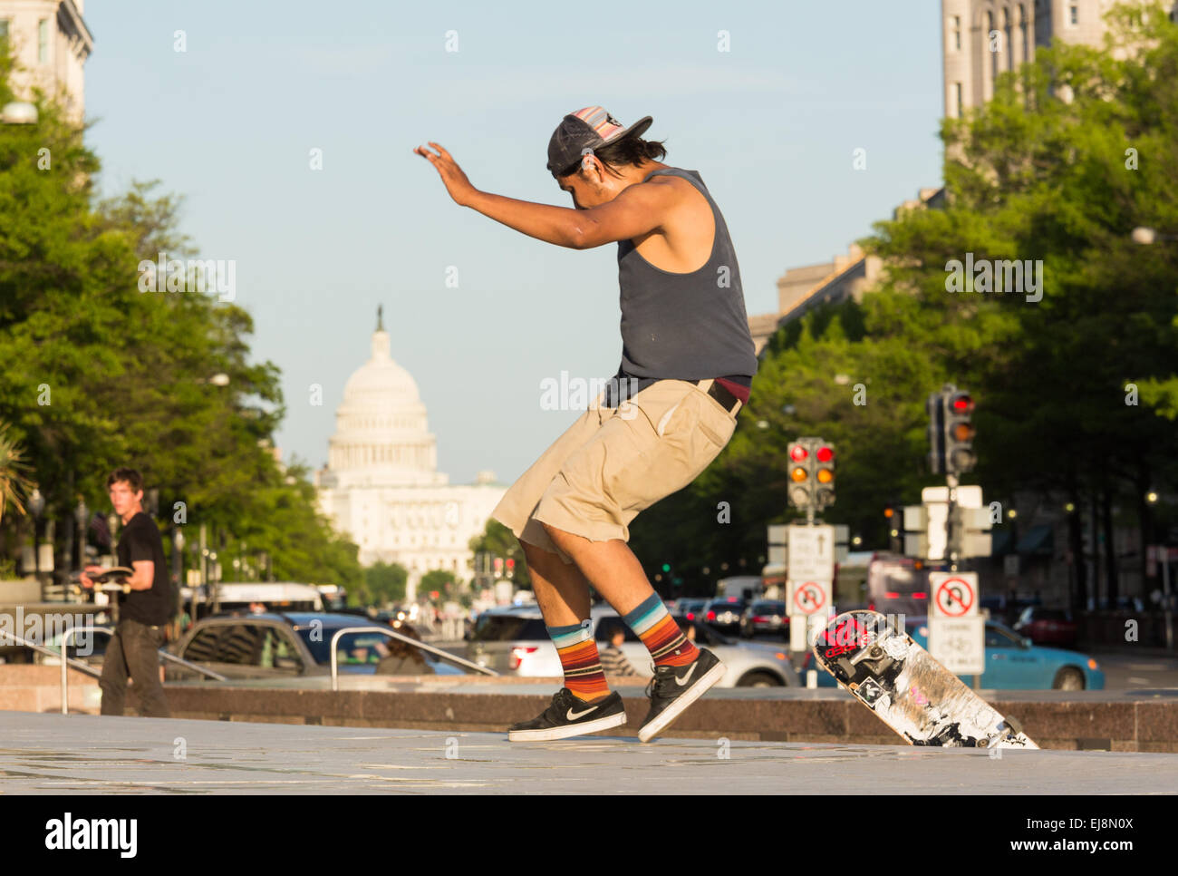 Skateboarder auf Pennsylvania Avenue DC Stockbild