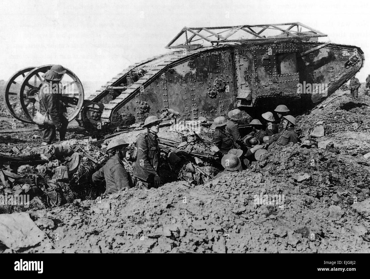 British Tank World War 1 Stockfotos & British Tank World War 1 ...
