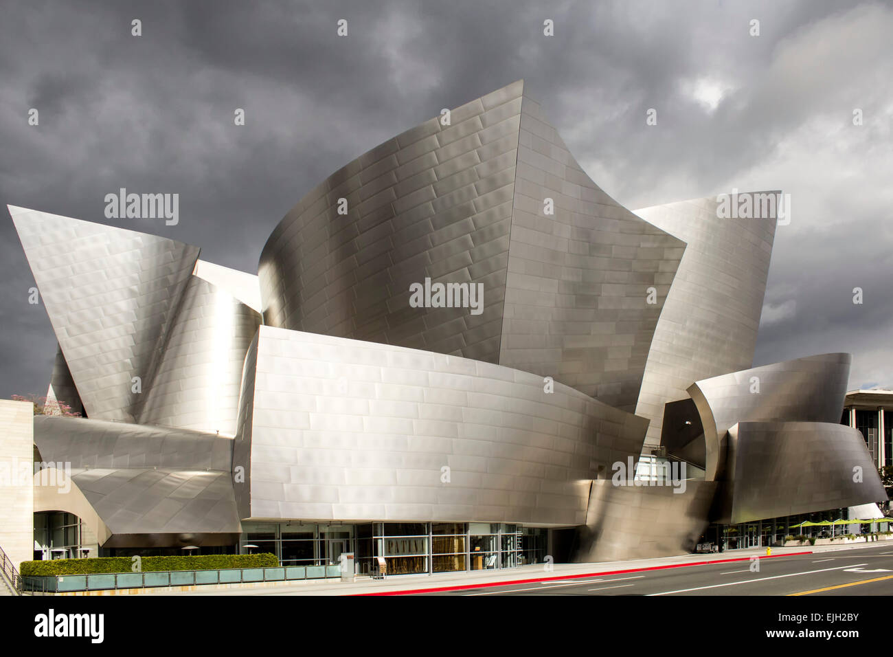Walt Disney Concert Hall (Architekt Frank Gehry), Los Angeles, Kalifornien USA Stockbild