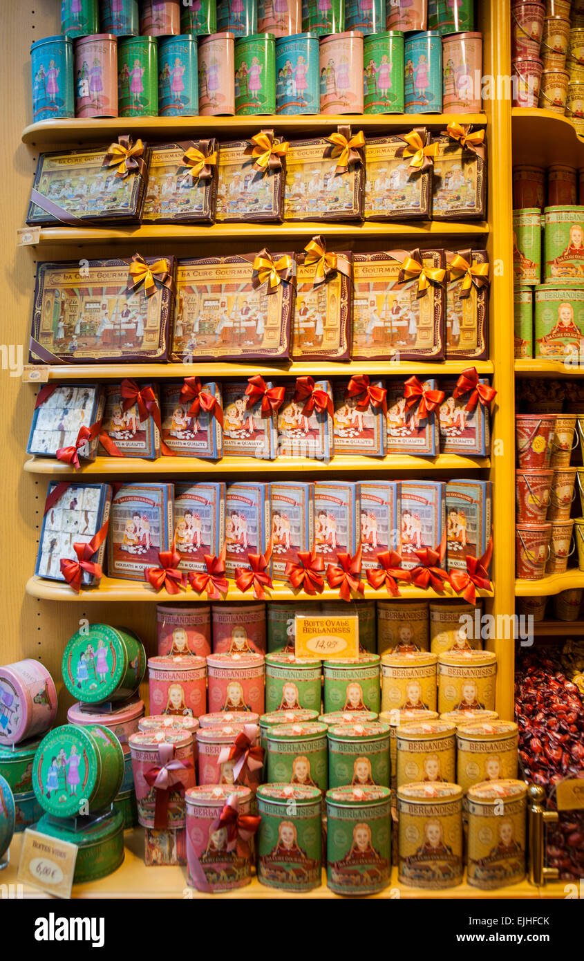 La Cure Gourmande Schokolade und Kekse Shop, Paris, Frankreich, Innenraum Stockbild