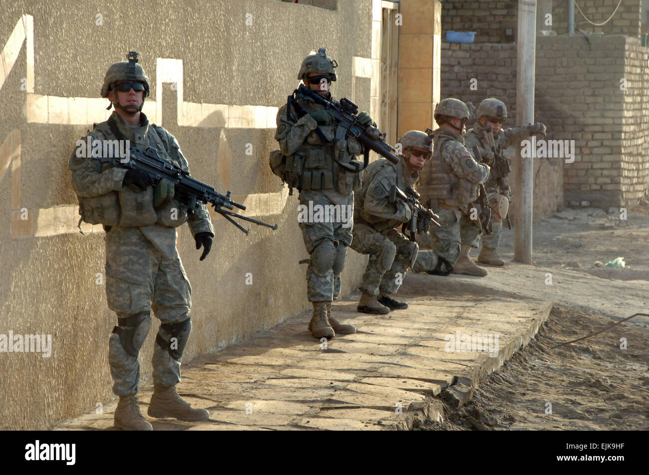 Soldiers 2nd Stryker Cavalry Regiment Stockfotos & Soldiers 2nd ...